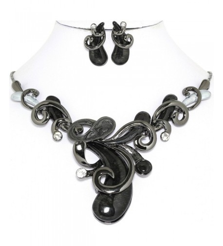 AnsonsImages Black Metal Necklace Earrings