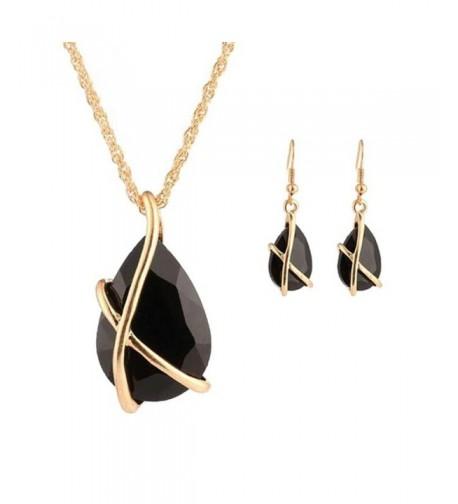 Pretty Women Necklace Pendant Earrings